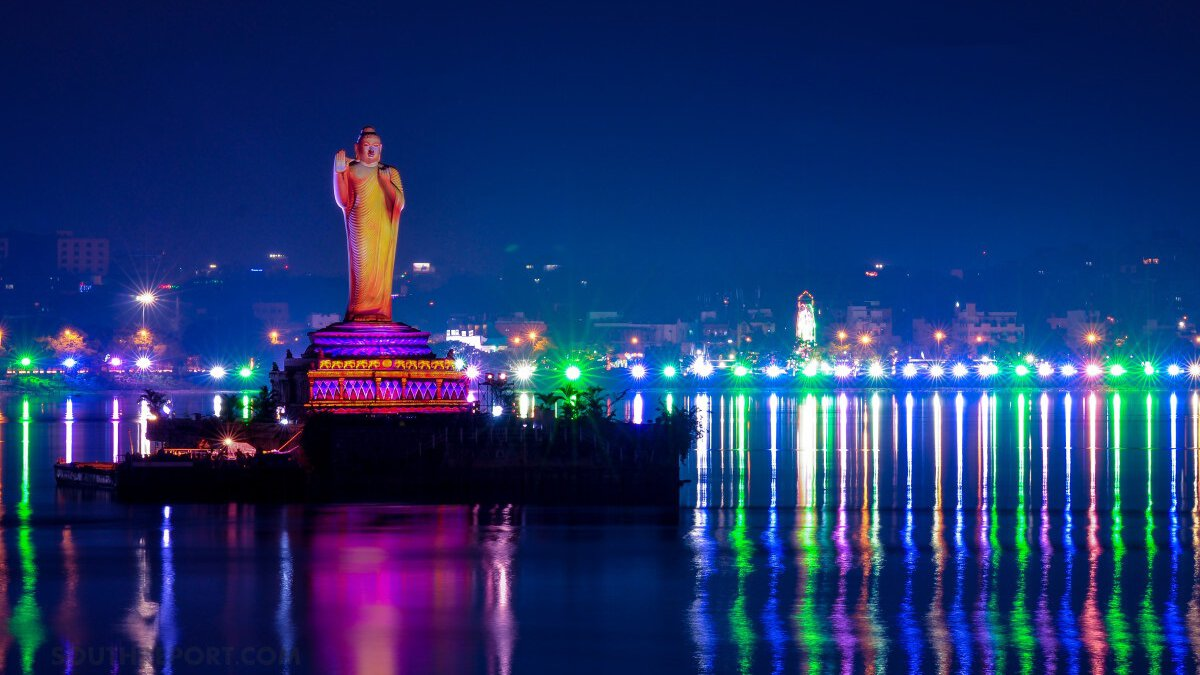 A History Buff? You Will Love these Wonderful Attractions in Hyderabad